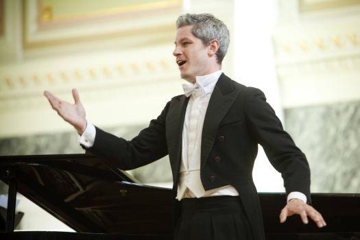 In song recital St Petersburg 2010